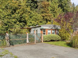 Photo 1: 20 2615 Otter Point Rd in Sooke: Sk Otter Point Manufactured Home for sale : MLS®# 887991
