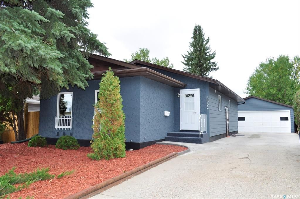 Main Photo: 3802 Taylor Street East in Saskatoon: Lakeview SA Residential for sale : MLS®# SK869811