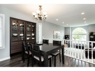 """Photo 3: 35443 LETHBRIDGE Drive in Abbotsford: Abbotsford East House for sale in """"Sandyhill"""" : MLS®# R2378218"""