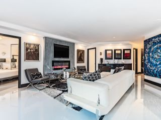 Photo 4: 1505 1010 BURNABY STREET in Vancouver: West End VW Condo for sale (Vancouver West)  : MLS®# R2613983