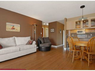 """Photo 4: 306 1840 E SOUTHMERE Crescent in Surrey: Sunnyside Park Surrey Condo for sale in """"SOUTHMERE MEWS"""" (South Surrey White Rock)  : MLS®# F1308190"""