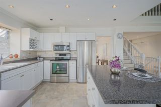 Photo 3: 1355 PIERCE Place in Coquitlam: Scott Creek House for sale : MLS®# R2386958