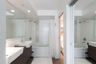 Photo 11: 704 535 SMITHE STREET in Vancouver: Downtown VW Condo for sale (Vancouver West)  : MLS®# R2048097