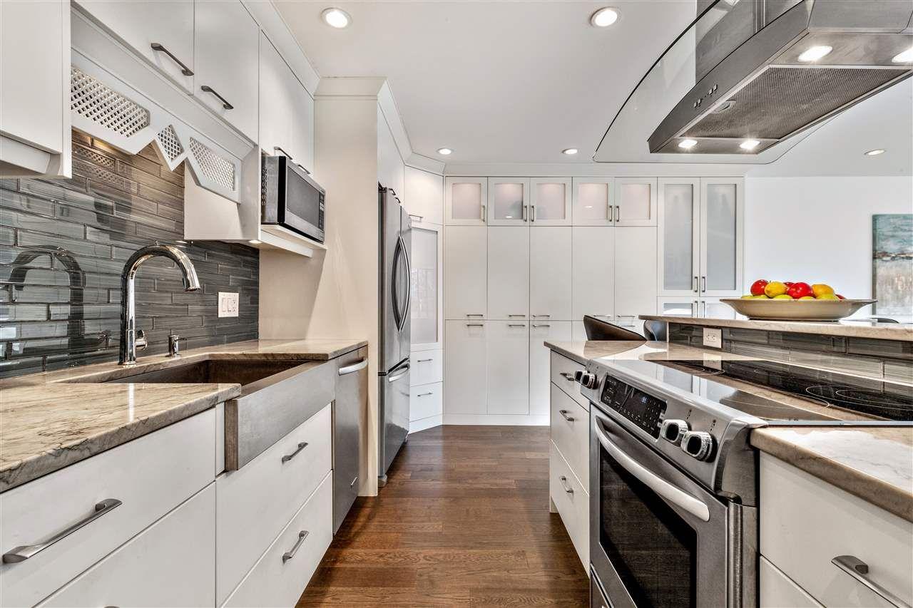 Main Photo: 208 853 E 7TH Avenue in Vancouver: Mount Pleasant VE Condo for sale (Vancouver East)  : MLS®# R2421663