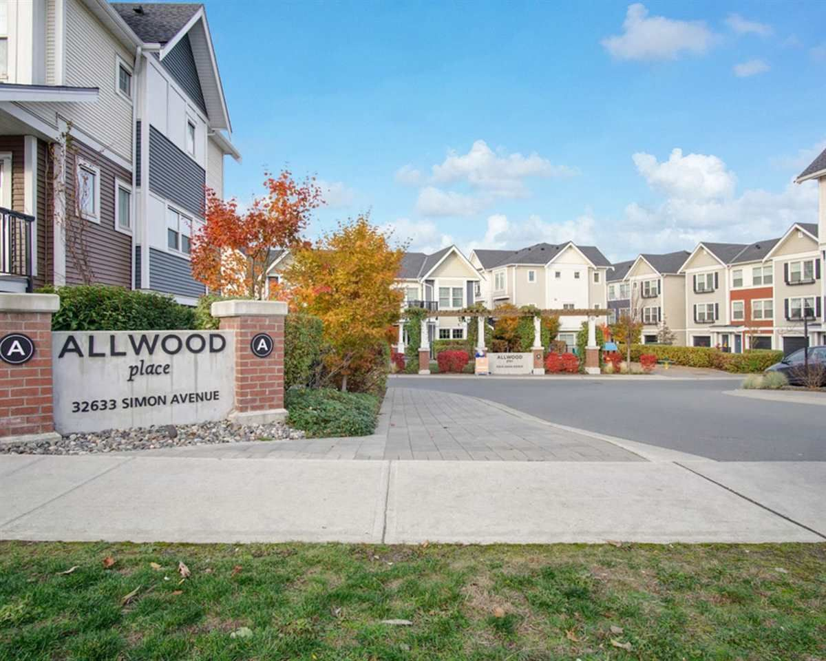 """Main Photo: 41 32633 SIMON Avenue in Abbotsford: Abbotsford West Townhouse for sale in """"ALLWOOD PLACE"""" : MLS®# R2512778"""