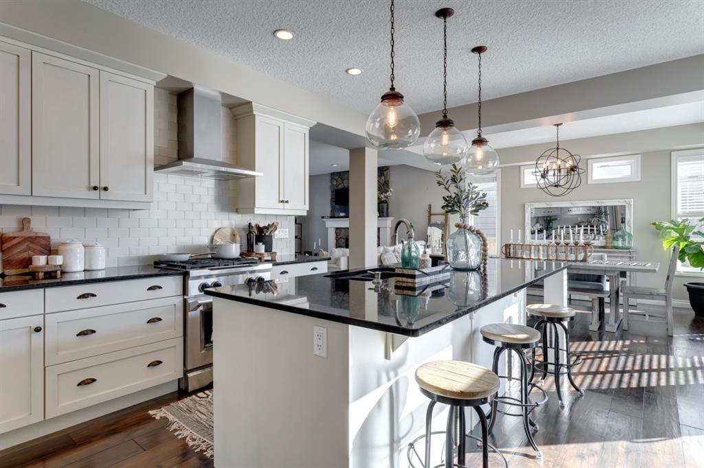Jaw-dropping kitchen and dining room with stunning features throughout.