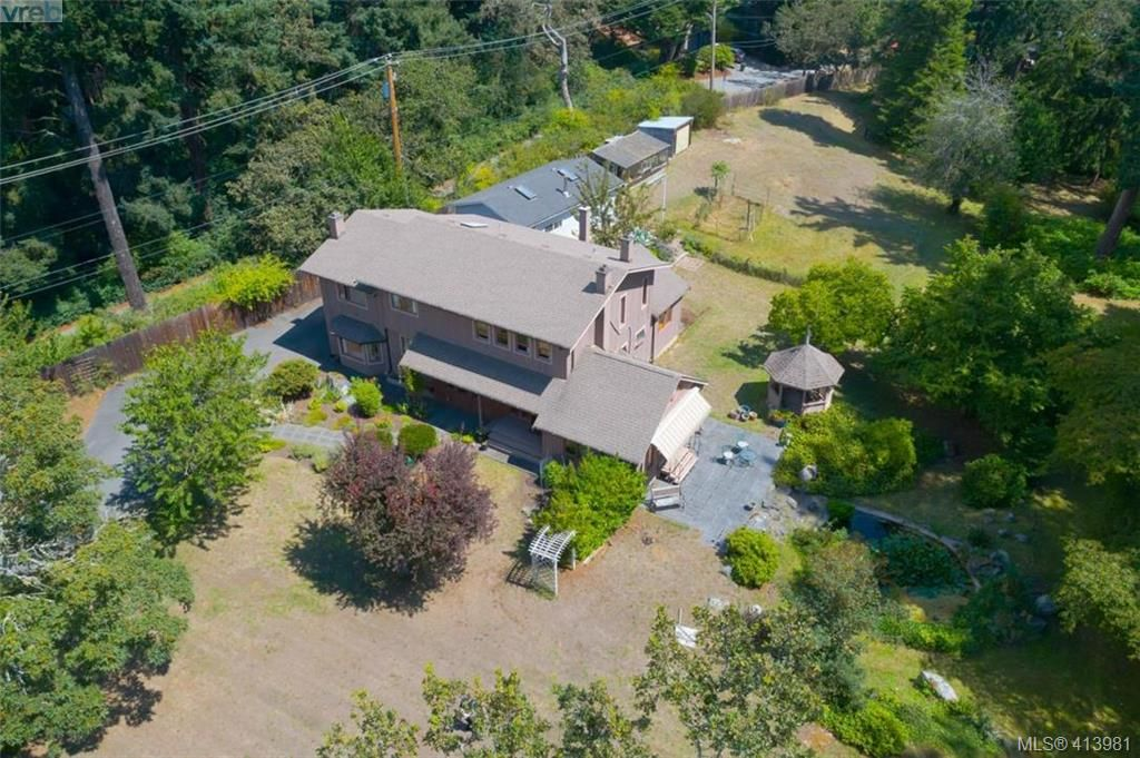 Main Photo: 4221 Glendenning Rd in VICTORIA: SE Blenkinsop House for sale (Saanich East)  : MLS®# 821064