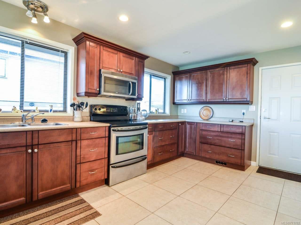 Photo 17: Photos: 451 S McLean St in CAMPBELL RIVER: CR Campbell River Central House for sale (Campbell River)  : MLS®# 771782