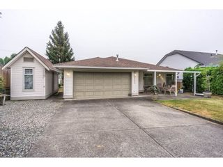 Photo 20: 17989 64 Avenue in Surrey: Cloverdale BC House for sale (Cloverdale)  : MLS®# R2201816