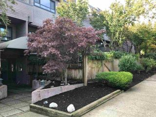 "Photo 7: 102 1990 W 6TH Avenue in Vancouver: Kitsilano Condo for sale in ""MAPLEVIEW PLACE"" (Vancouver West)  : MLS®# R2407546"