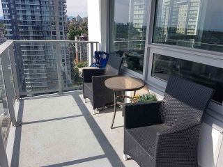 Photo 3: 2102 988 QUAYSIDE Drive in New Westminster: Quay Condo for sale : MLS®# R2604460