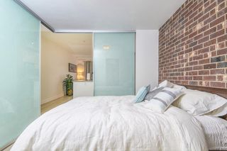 """Photo 7: 303 2141 E HASTINGS Street in Vancouver: Hastings Sunrise Condo for sale in """"The Oxford"""" (Vancouver East)  : MLS®# R2431561"""
