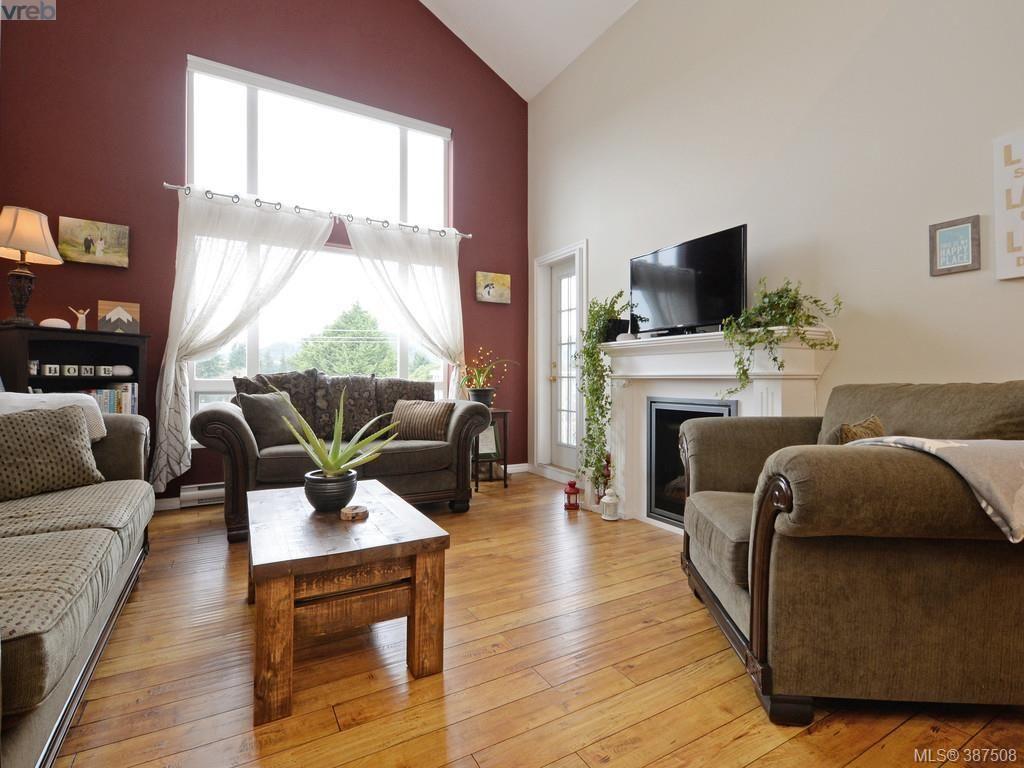 Main Photo: 408 2823 Jacklin Rd in VICTORIA: La Langford Proper Condo for sale (Langford)  : MLS®# 778727