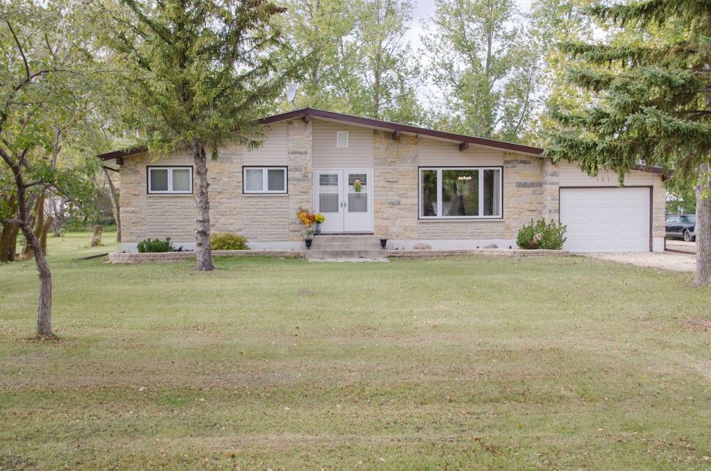 Main Photo: 151 McCaughan Road in St Francis Xavier: Rosser / Meadows / St. Francois Xavier Single Family Detached for sale : MLS®# 1425476