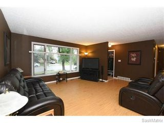 Photo 6: 1026 DOROTHY Street in Regina: Normanview West Single Family Dwelling for sale (Regina Area 02)  : MLS®# 544219