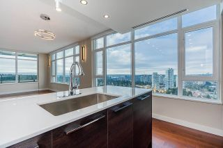 """Photo 10: PH3004 570 EMERSON Street in Coquitlam: Coquitlam West Condo for sale in """"UPTOWN 2"""" : MLS®# R2575074"""