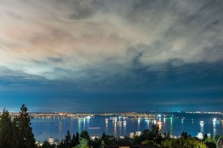 Photo 1: 1335 CHARTWELL Drive in West Vancouver: Chartwell House for sale : MLS®# R2615324