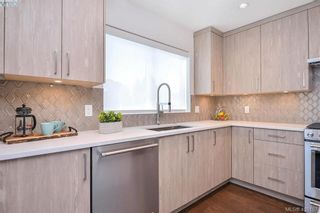 Photo 13: 6 1032 Cloverdale Ave in VICTORIA: SE Quadra Row/Townhouse for sale (Saanich East)  : MLS®# 805057