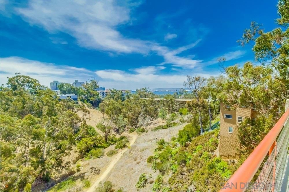 Main Photo: MISSION HILLS Condo for sale : 2 bedrooms : 235 Quince St #403 in San Diego