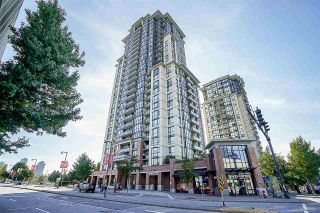 """Photo 1: 704 10777 UNIVERSITY Drive in Surrey: Whalley Condo for sale in """"CITY POINT TOWER 1"""" (North Surrey)  : MLS®# R2237495"""
