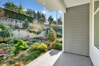 Photo 6: 113 4960 Songbird Pl in : Na Uplands Condo for sale (Nanaimo)  : MLS®# 863018