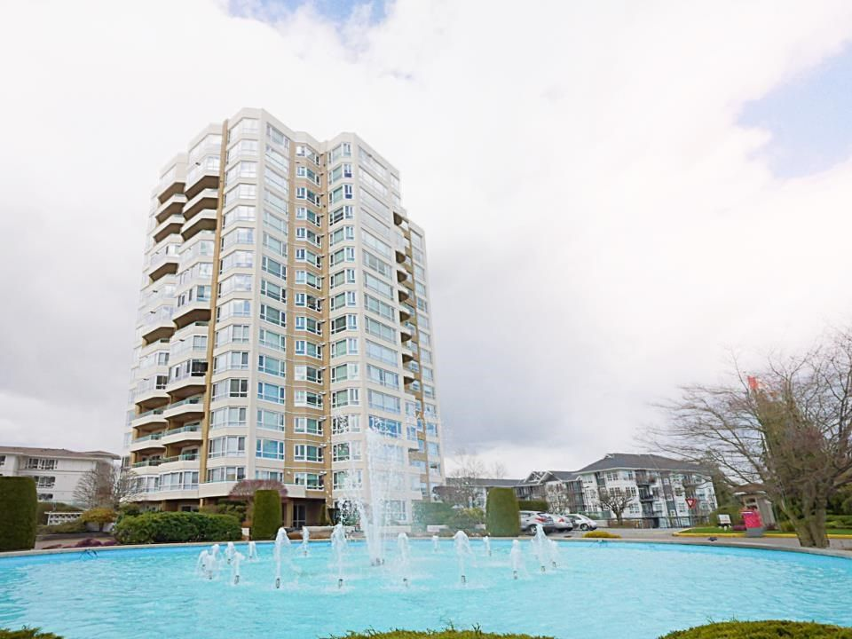 """Photo 1: Photos: 1602 3190 GLADWIN Road in Abbotsford: Central Abbotsford Condo for sale in """"REGENCY PARK"""" : MLS®# R2562391"""