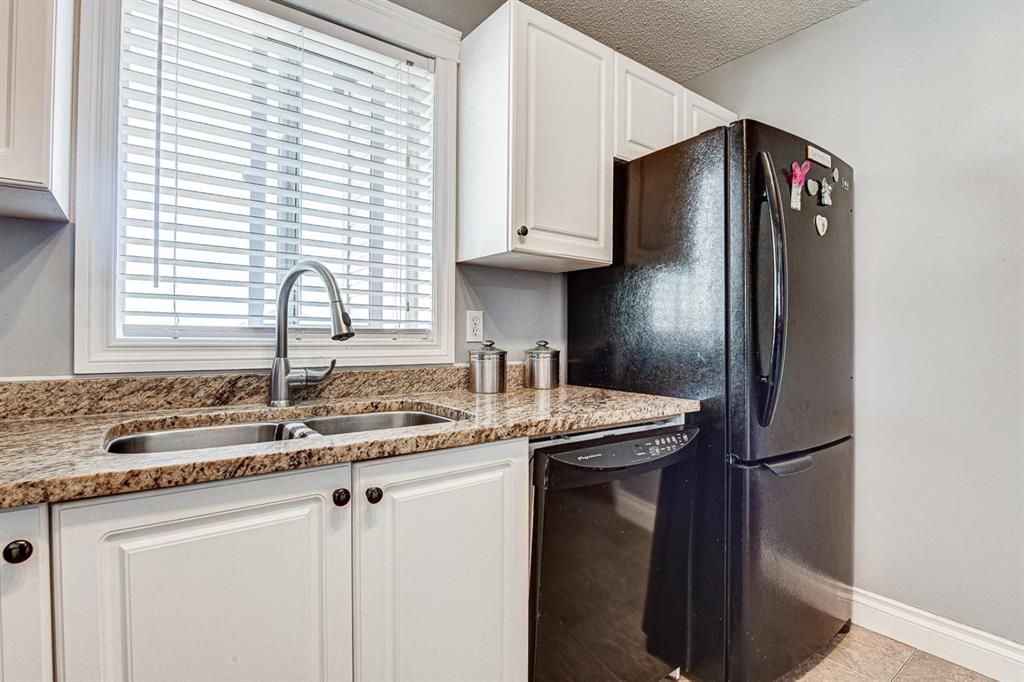 Photo 16: Photos: 414 6000 Somervale Court SW in Calgary: Somerset Apartment for sale : MLS®# A1126946