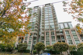 Photo 1: 209 1055 Richards Street in Vancouver: Yaletown Condo for sale (Vancouver West)  : MLS®# R2220082