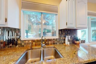 Photo 11: 8963 Bay Ridge Drive SW in Calgary: Bayview Detached for sale : MLS®# A1133882