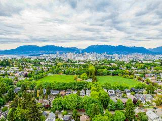 Photo 8: 836 W 22ND AVENUE in Vancouver: Cambie House for sale (Vancouver West)  : MLS®# R2455356