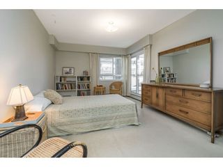 """Photo 18: 101 1371 FOSTER STREET: White Rock Condo for sale in """"Kent Manor"""" (South Surrey White Rock)  : MLS®# R2536397"""