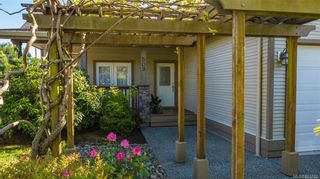 Photo 2: 509 Poets Trail Dr in : Na University District House for sale (Nanaimo)  : MLS®# 883703