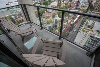 """Photo 18: 2001 108 W CORDOVA Street in Vancouver: Downtown VW Condo for sale in """"Woodwards W32"""" (Vancouver West)  : MLS®# R2465533"""