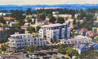 Photo 1: 501 916 Lyall St in Esquimalt: Es Esquimalt Condo for sale : MLS®# 884007