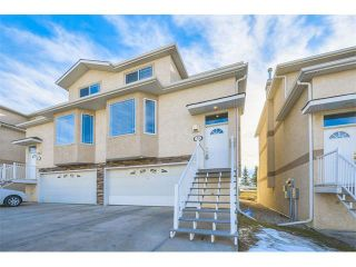 Photo 1: 73 Country Hills Gardens NW in Calgary: Country Hills House for sale : MLS®# C4099326