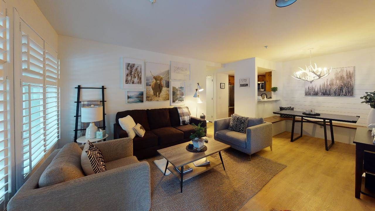 """Main Photo: 25 4355 NORTHLANDS Boulevard in Whistler: Whistler Village Condo for sale in """"North Star"""" : MLS®# R2530030"""