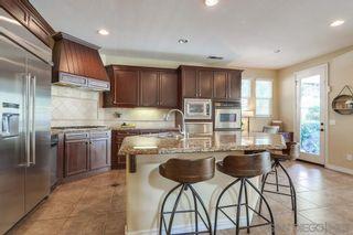 Photo 5: CHULA VISTA House for sale : 5 bedrooms : 829 Middle Fork Pl