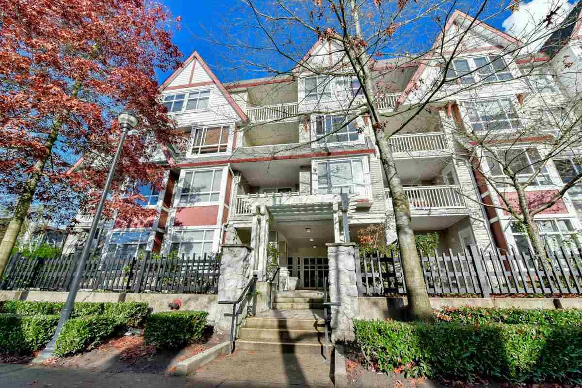 """Main Photo: 319 6833 VILLAGE GREEN in Burnaby: Highgate Condo for sale in """"CARMEL"""" (Burnaby South)  : MLS®# R2123253"""
