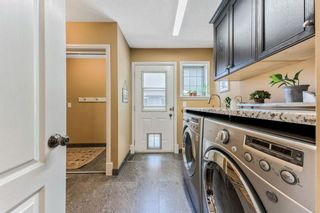 Photo 8: 119 Sierra Morena Place SW in Calgary: Signal Hill Detached for sale : MLS®# A1138838