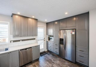 Photo 12: 25 Millbank Bay SW in Calgary: Millrise Detached for sale : MLS®# A1072623