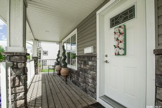 Photo 3: 402 Maningas Bend in Saskatoon: Evergreen Residential for sale : MLS®# SK860413