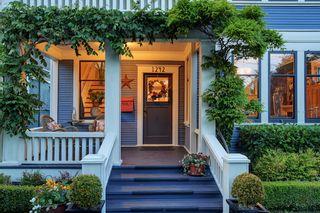 Photo 2: 1242 Faithful St in : Vi Fairfield West House for sale (Victoria)  : MLS®# 845662