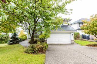 Photo 1: 103 CEDARWOOD Drive in Port Moody: Heritage Woods PM House for sale : MLS®# R2387050