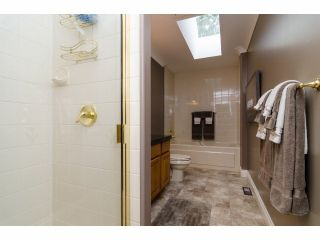 """Photo 19: 2977 NORTHCREST Drive in Surrey: Elgin Chantrell House for sale in """"Elgin Park Estates"""" (South Surrey White Rock)  : MLS®# F1418044"""