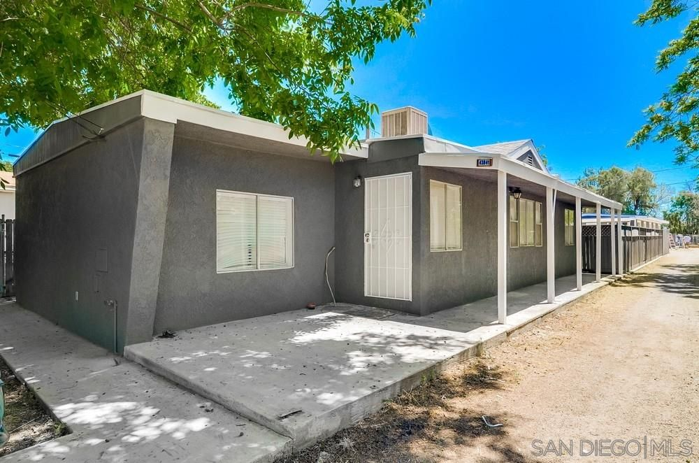 Main Photo: OUT OF AREA House for sale : 3 bedrooms : 43841 D Street in Hemet