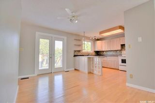 Photo 8: 150 Willoughby Crescent in Saskatoon: Wildwood Residential for sale : MLS®# SK863866