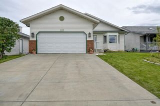 Photo 1: 1125 High Country Drive: High River Detached for sale : MLS®# A1149166