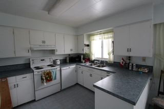 Photo 5: 7445 Squilax Anglemont Road in Anglemont: House for sale : MLS®# 10075756