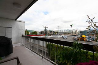 "Photo 15: 306 345 W 10TH Avenue in Vancouver: Mount Pleasant VW Condo for sale in ""VILLA MARQUIS"" (Vancouver West)  : MLS®# R2306951"