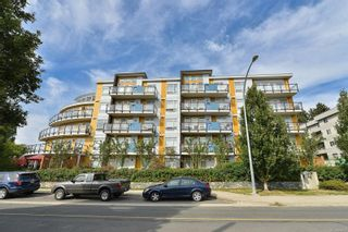 Photo 16: 403 935 Cloverdale Ave in : SE Quadra Condo for sale (Saanich East)  : MLS®# 884278
